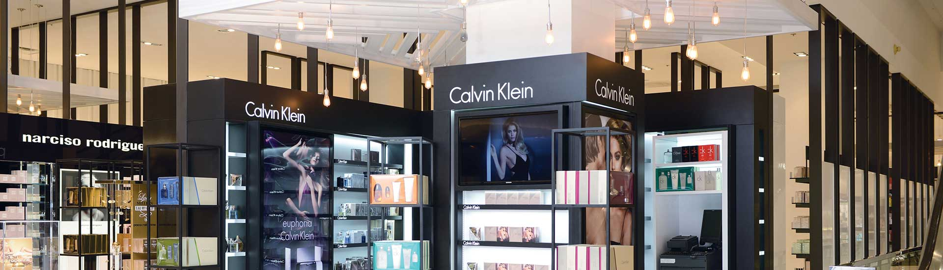 05-Calvin-Klein-Array-Marketing-Slider